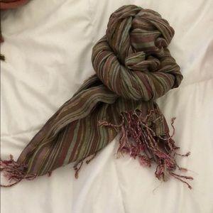 pretty striped scarf duo